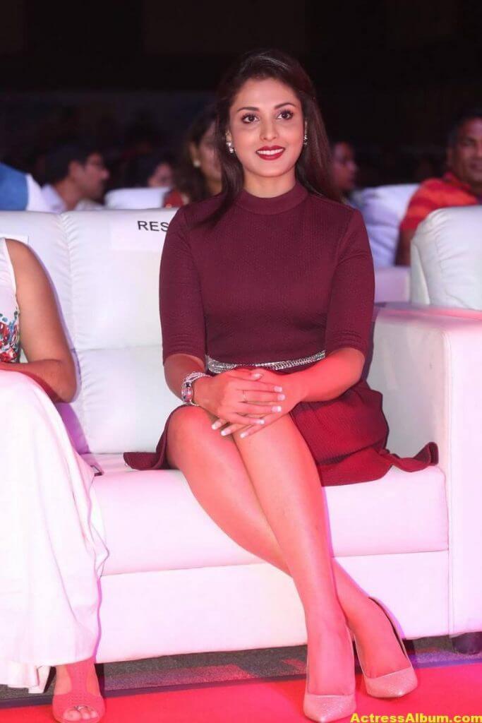 Madhu Shalini Latest Hot Photos 5
