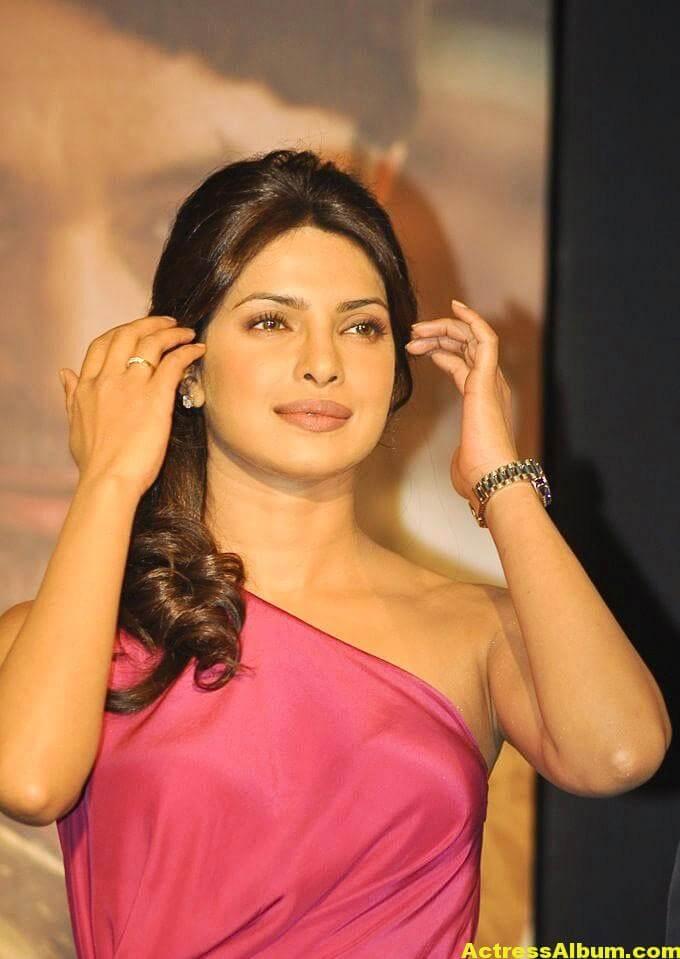 Priyanka Chopra Latest Pictures In Pink Dress 2