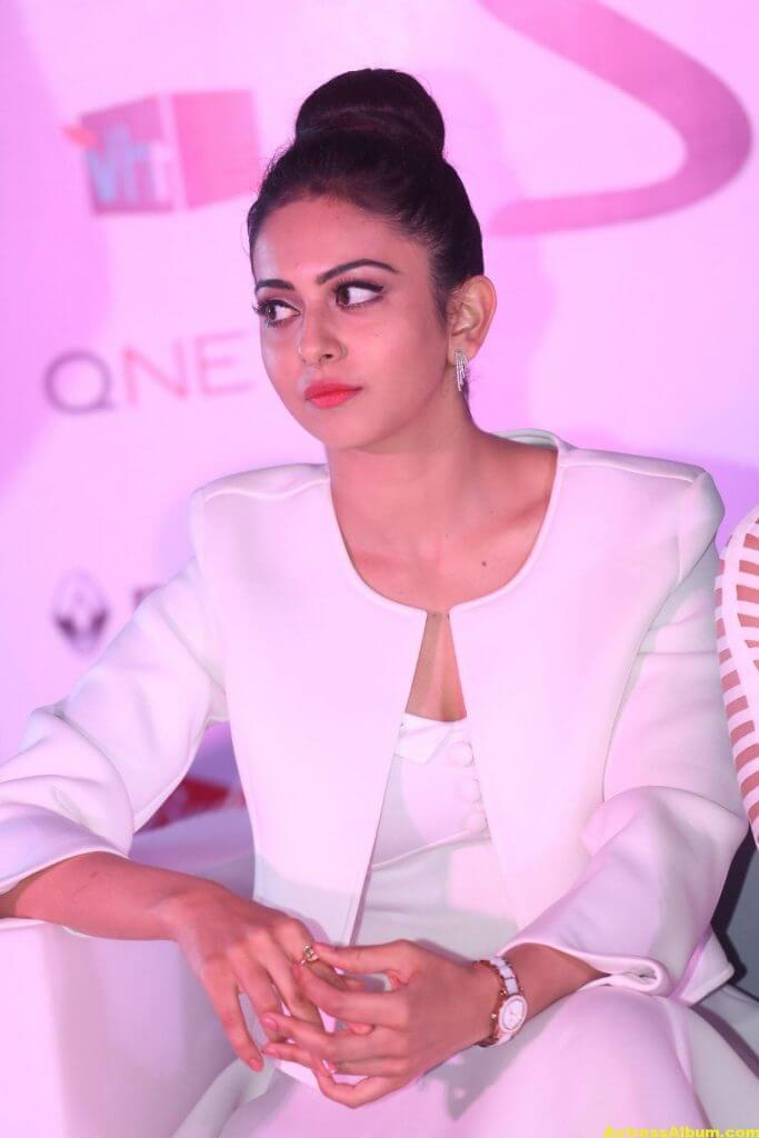Rakul Preet Hot Photoshoot In White Dress (2)