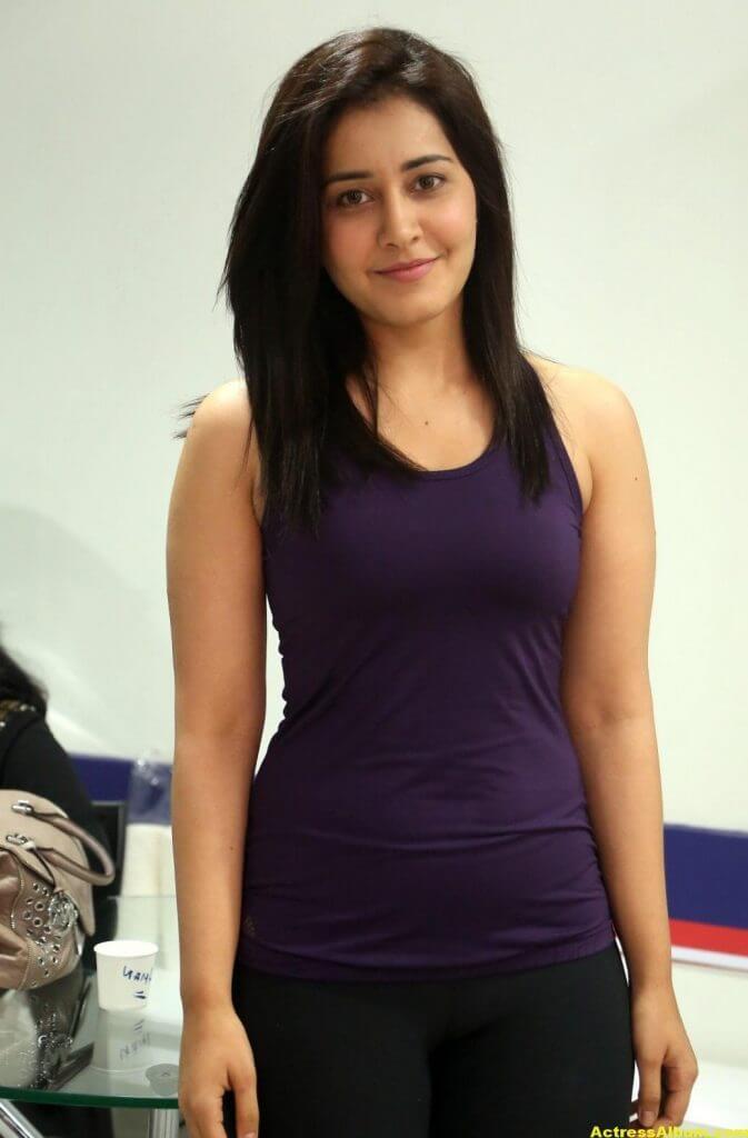 Rashi Khanna At Fitness Gym launch Photos 3