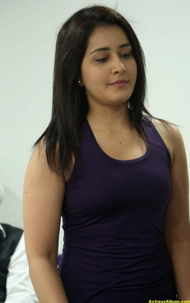 Rashi Khanna At Fitness Gym launch Photos 6