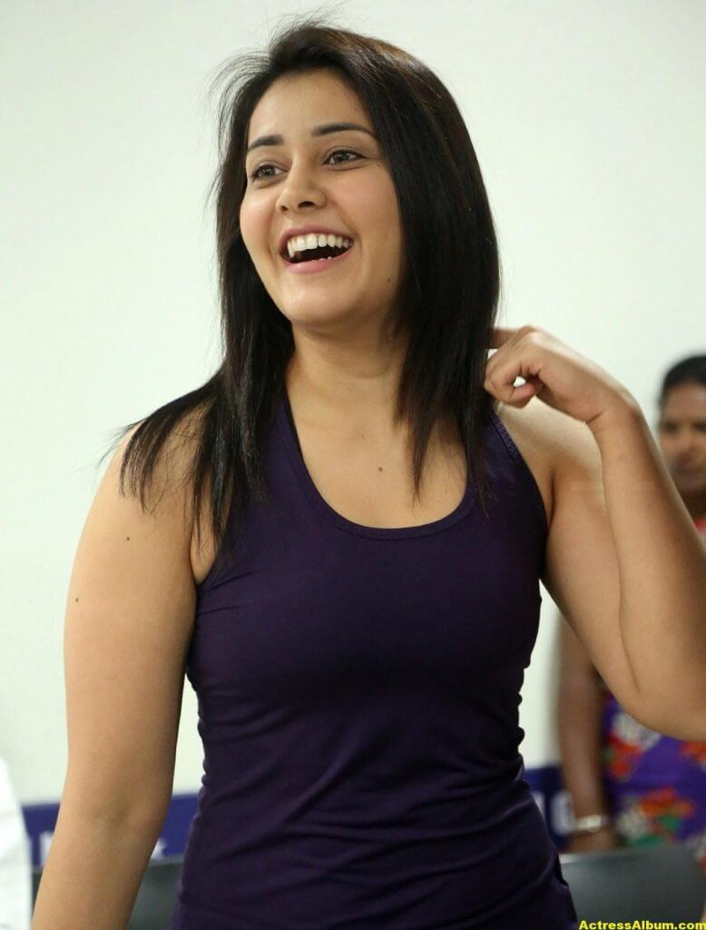 Rashi Khanna At Fitness Gym launch Photos 7