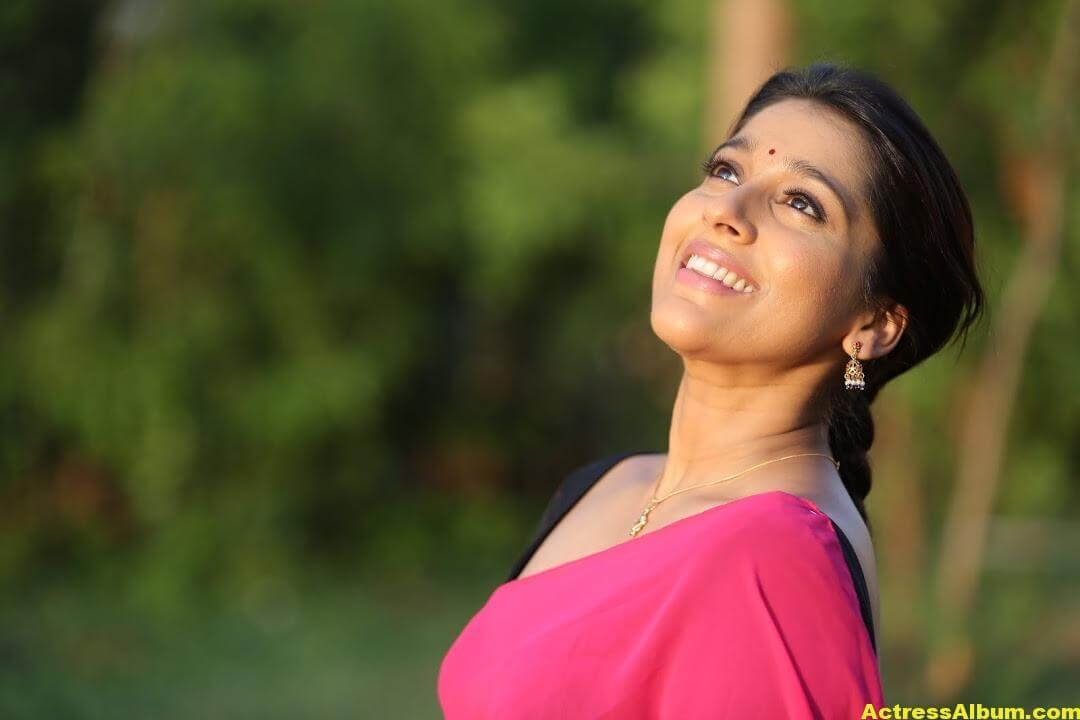 Rashmi Goutham Latest Photoshoot In Pink half Saree 5