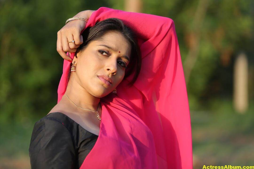 Rashmi Goutham Latest Photoshoot In Pink half Saree 6