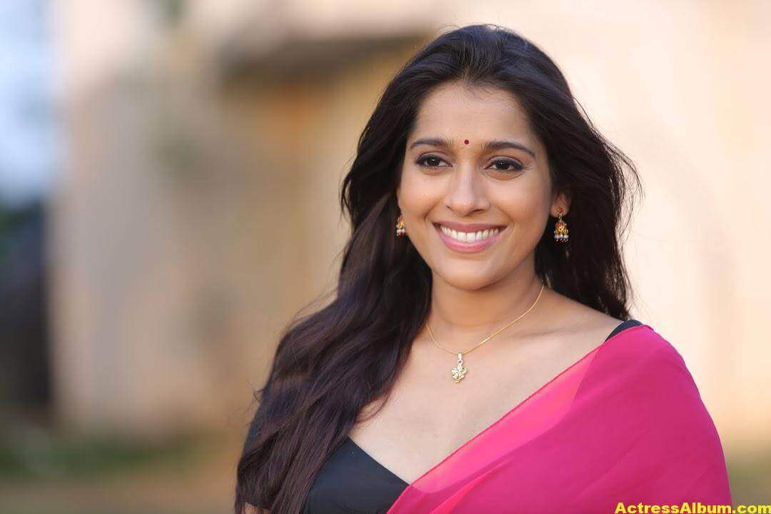 Rashmi Goutham Latest Photoshoot In Pink half Saree 8