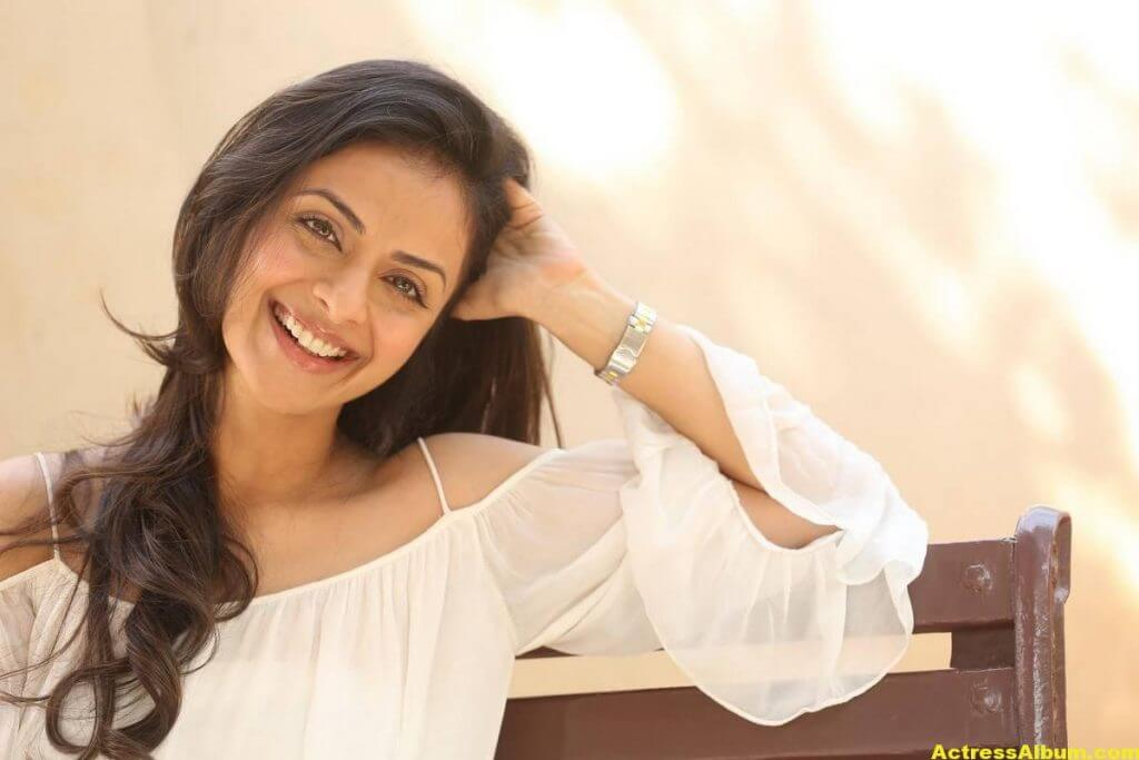 Richa Pallod Latest Hot Photoshoot In White Dress 1