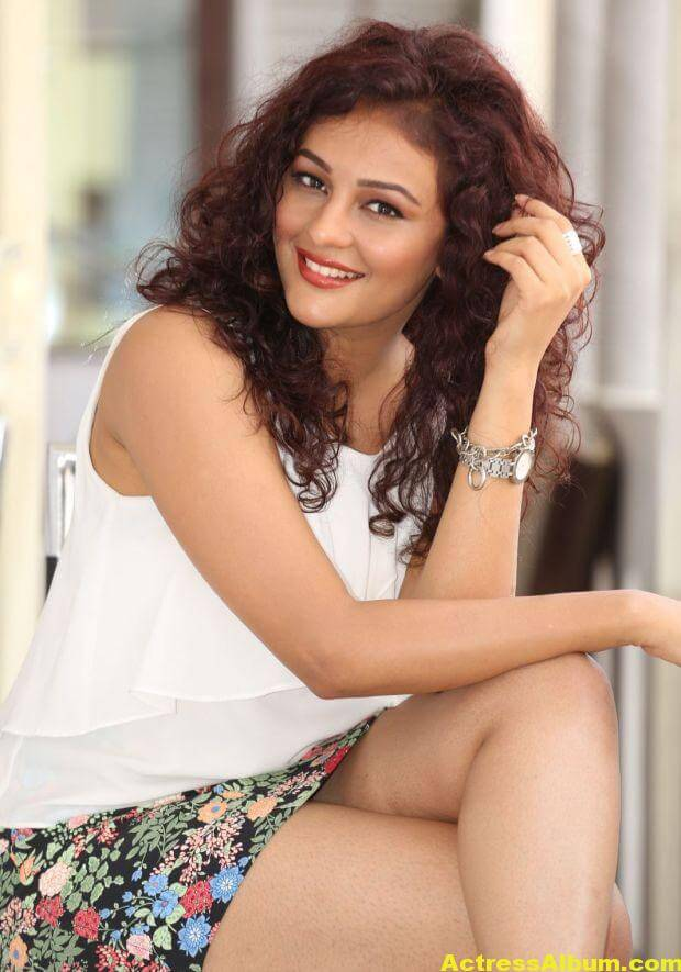 Seerat Kapoor Latest Hot Photos 3