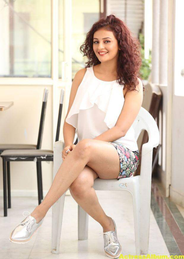 Seerat Kapoor Latest Hot Photos 4