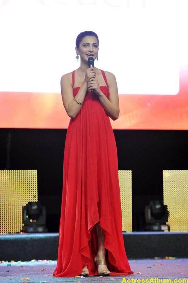 Shruti Haasan Latest Hot Red Dress Photos 4