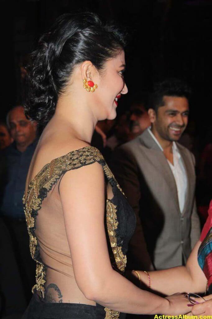 Shruti Haasan Photos at Awards Function 5