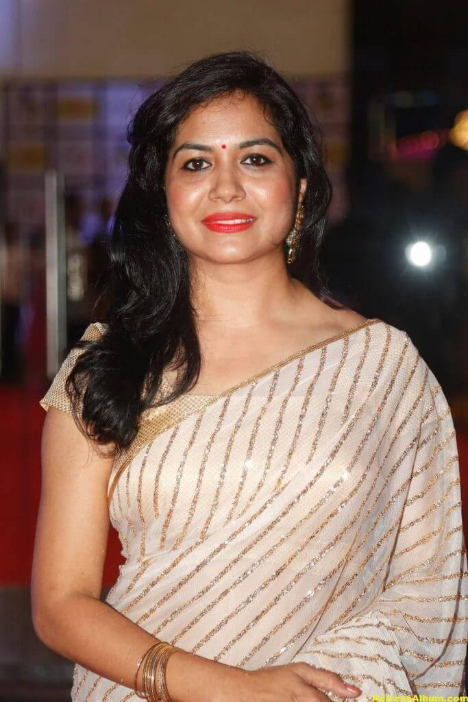 Singer Sunitha Latest Stills In White Saree 2