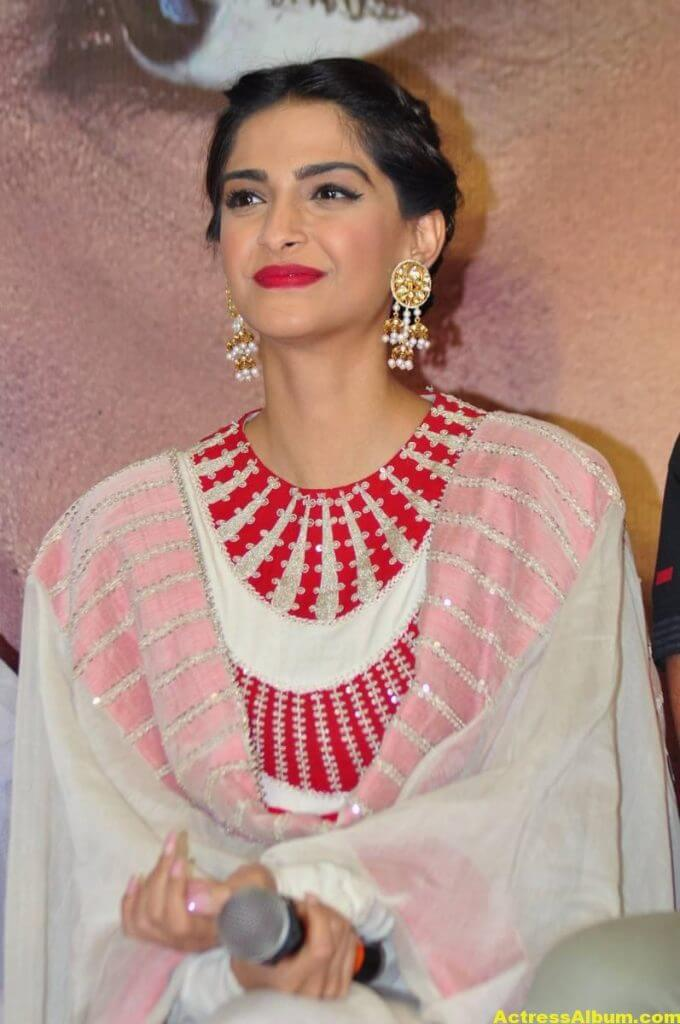 Sonam Kapoor Smiling Hot Stills In White Dress 3