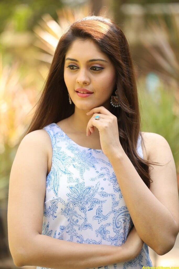 Surabhi Latest Hot Photos 4