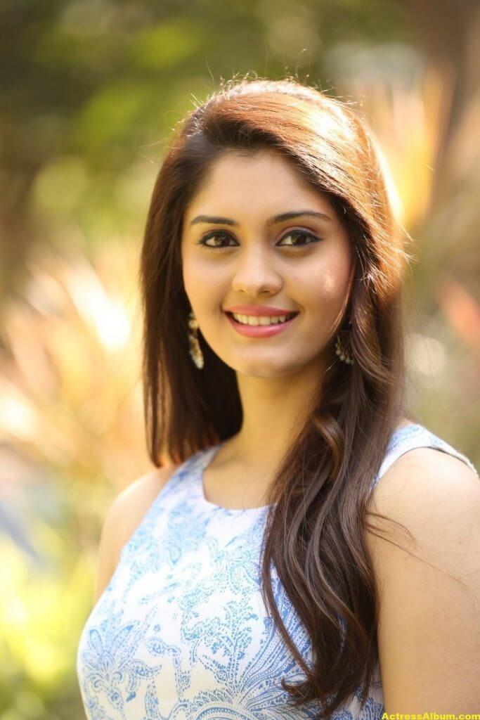 Surabhi Latest Hot Photos 6
