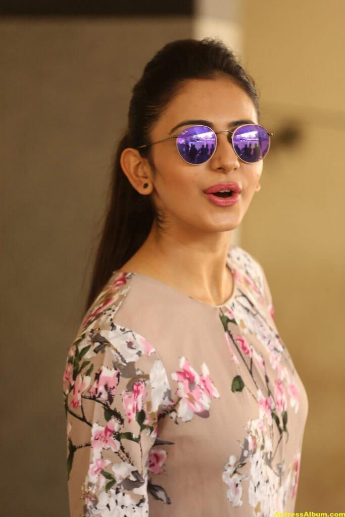 Tamil Actress Rakul Preet Latest Photos 7