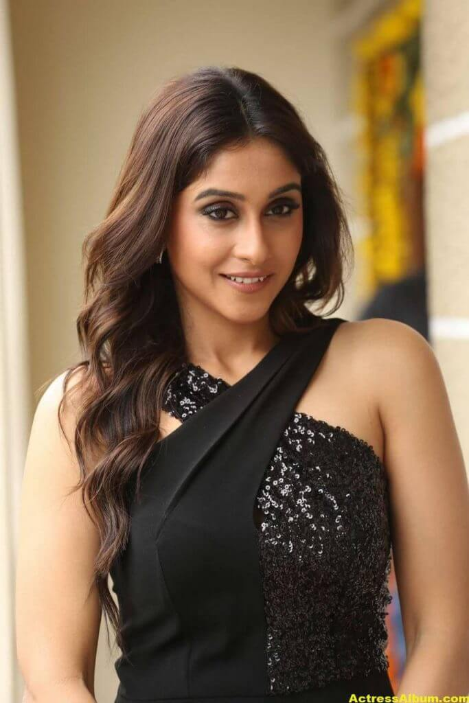 Tamil Actress Regina Cassandra Hot Photos In Black Dress 3