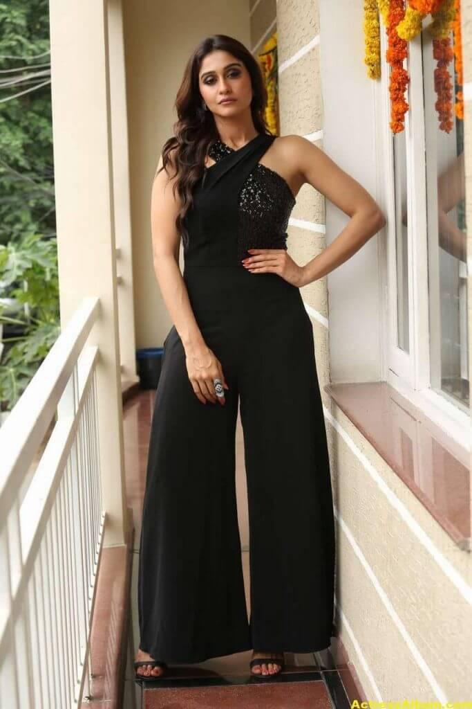 Tamil Actress Regina Cassandra Hot Photos In Black Dress 5