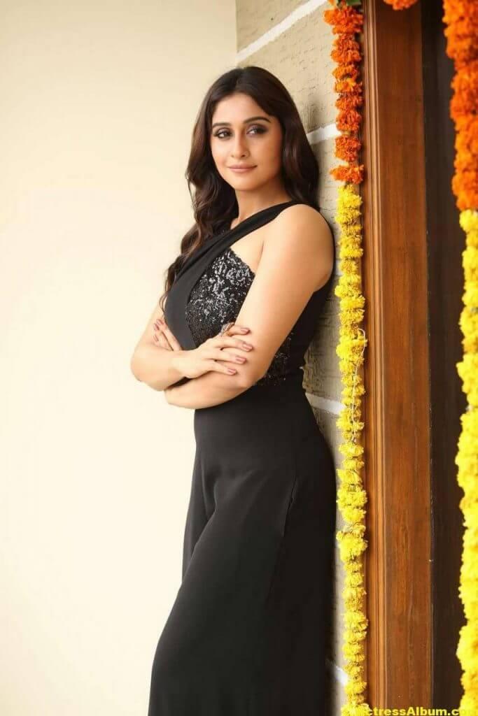 Tamil Actress Regina Cassandra Hot Photos In Black Dress 8