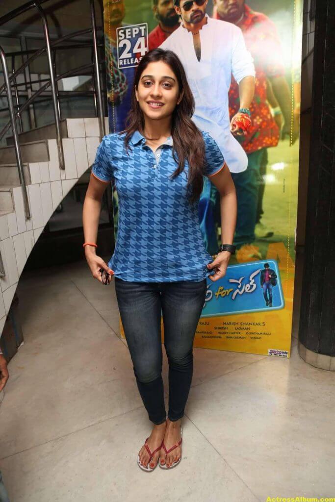 Tamil Actress Regina Cassandra Hot Photos in Blue Dress 4