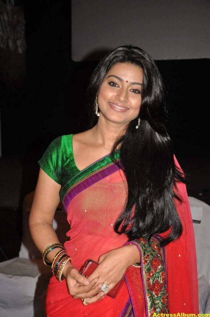 Tamil Actress Sneha Latest Photos Stills 7