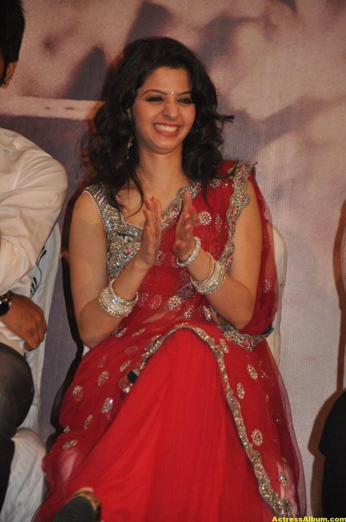 Vedika Hot Navel Show Stills in Red Saree 3