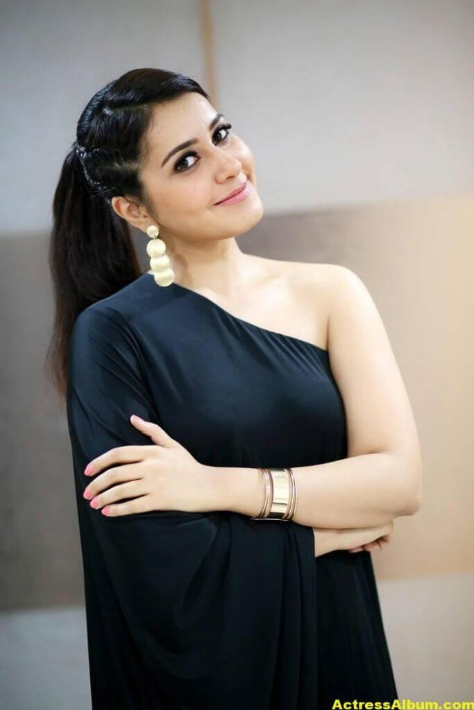 Actress Rashi Khanna Hot In Black Dress 1
