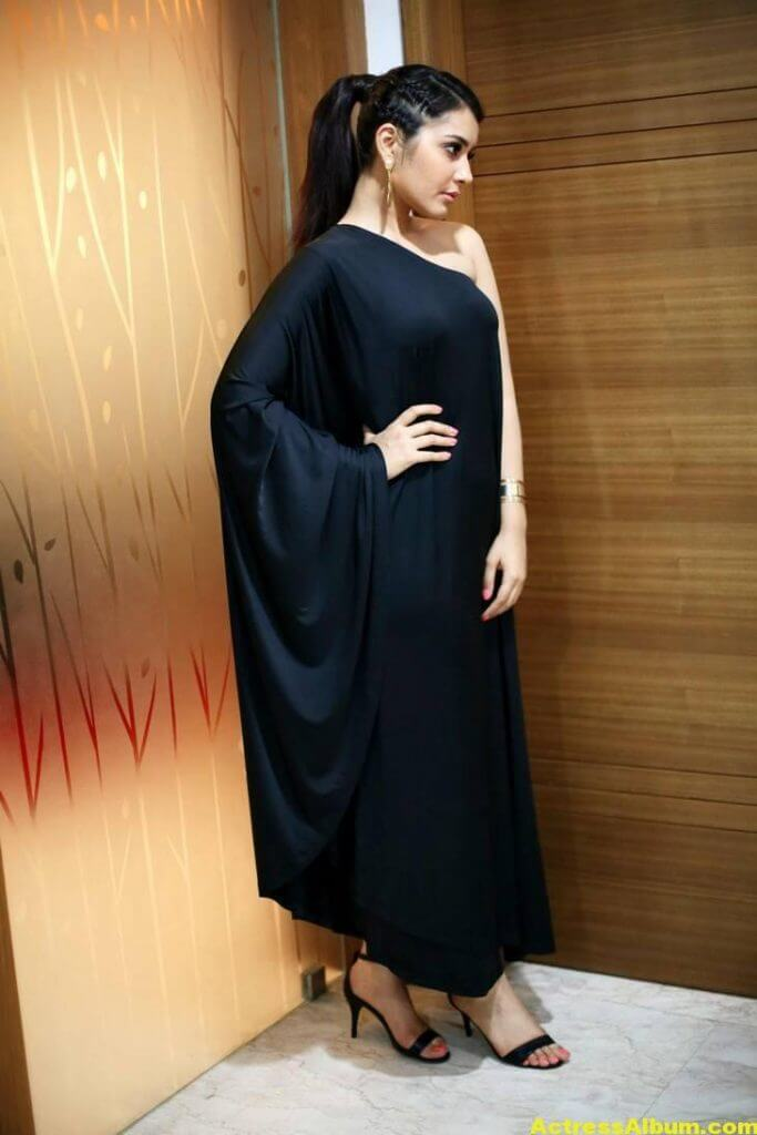 Actress Rashi Khanna Hot In Black Dress