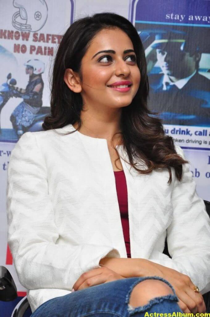 Rakul Preet Singh Photos At Traffic Awareness Show 3