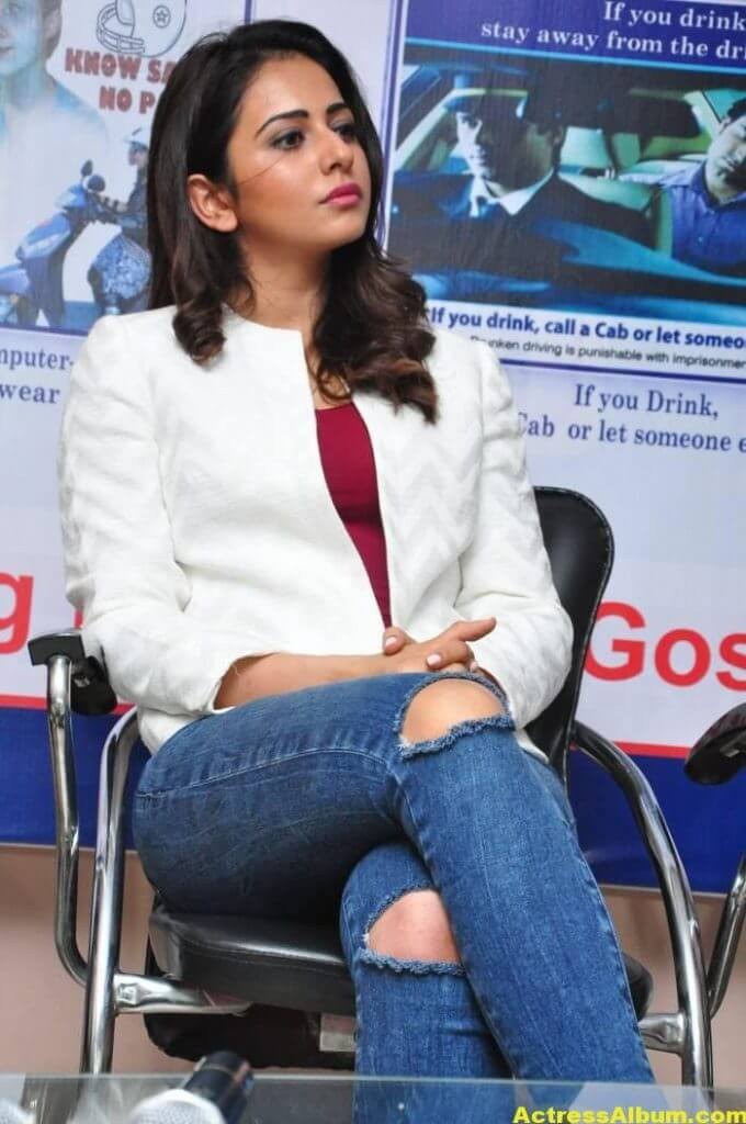 Rakul Preet Singh Photos At Traffic Awareness Show 7