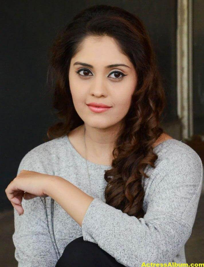 Surabhi Beautiful Pics 1