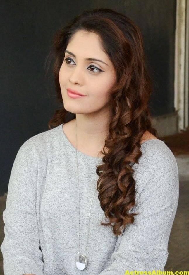 Surabhi Beautiful Pics 7