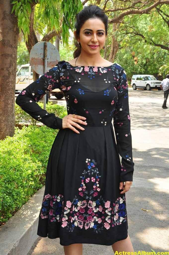 Actress Rakul Preet Singh In Black Dress (5)