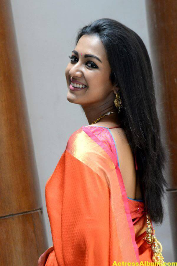 Catherine Tresa Latest Hot Photos In Orange Saree (1)