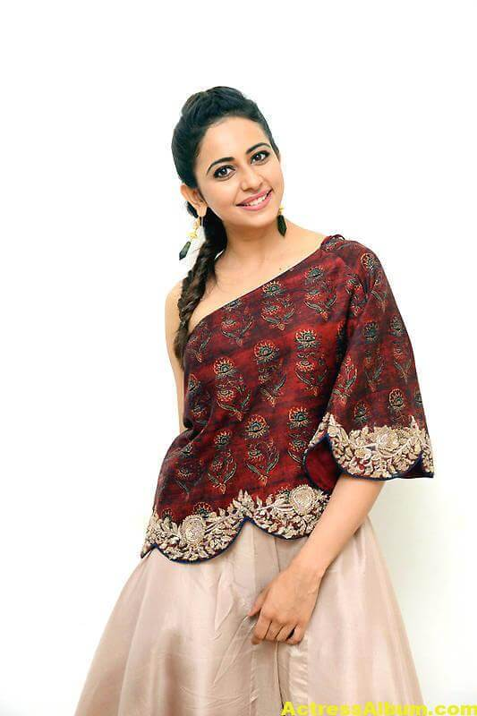 Rakul Preet Singh Latest Images In Maroon Dress (1)