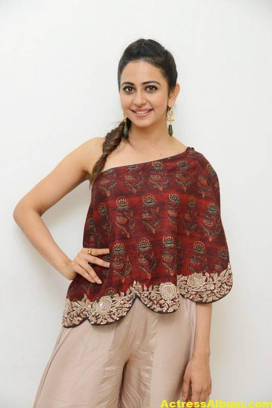 Rakul Preet Singh Latest Images In Maroon Dress (2)