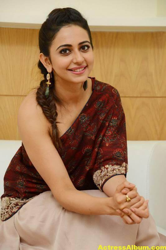 Rakul Preet Singh Latest Images In Maroon Dress (7)
