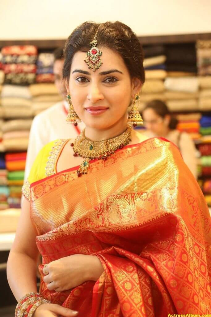 Archana-Stills-At-Trisha-Boutique-Wedding-Collection-Launch-3
