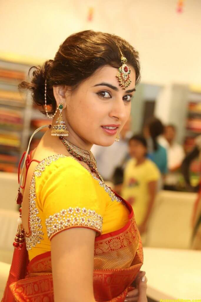 Archana-Stills-At-Trisha-Boutique-Wedding-Collection-Launch-7