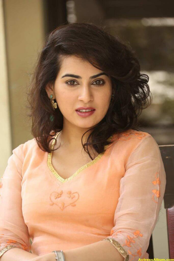 Archana Veda Hot Photos In Pink Dress 2
