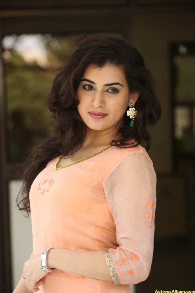Archana Veda Hot Photos In Pink Dress 4
