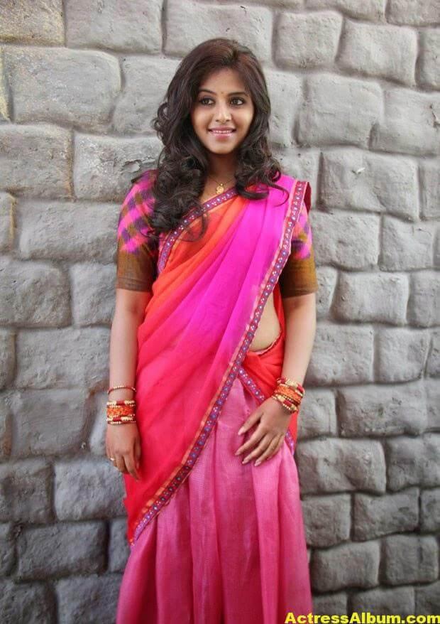 Glamorous Photos Of Anjali In Red Half Saree (2)