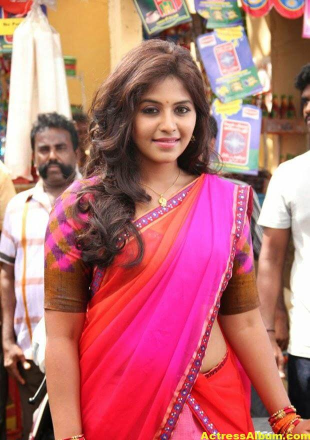 Glamorous Photos Of Anjali In Red Half Saree (7)