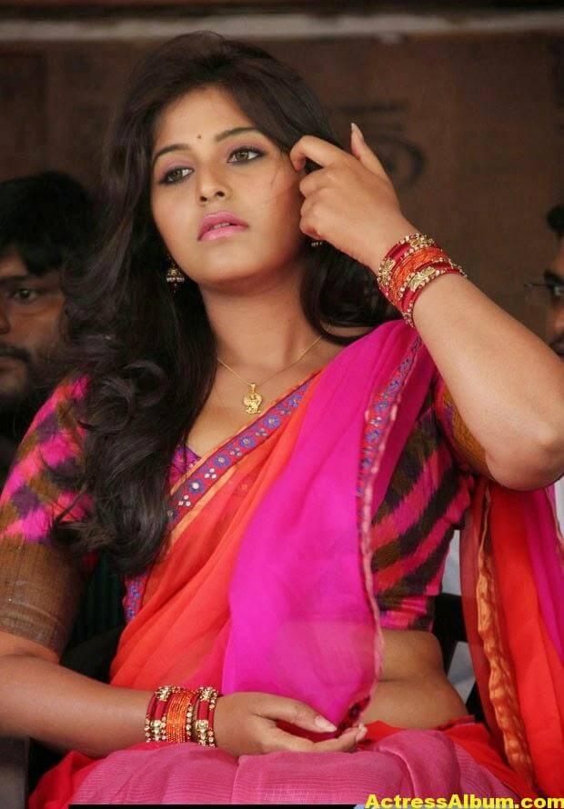 Glamorous Photos Of Anjali In Red Half Saree (9)