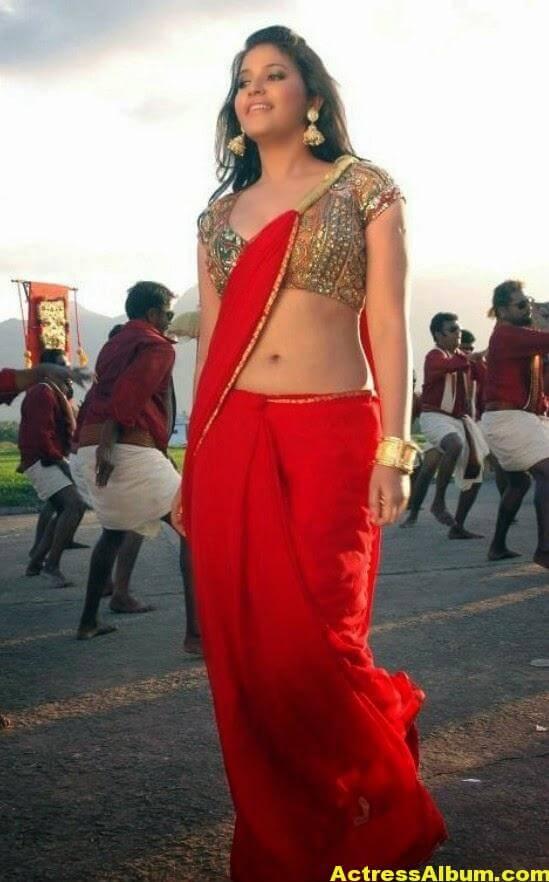 Heroine Anjali Hot Photos In Red Saree (4)