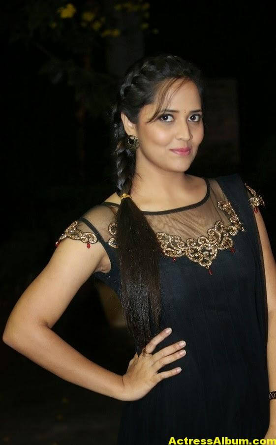 Hot Anasuya Oily Face CloseUP Photos (7)