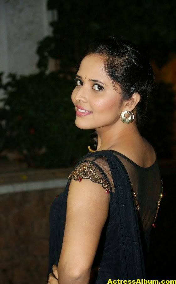 Hot Anasuya Oily Face CloseUP Photos (8)
