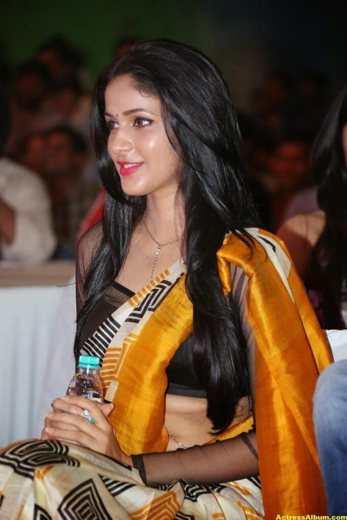 Hot Photos Of Lavanya Tripathi In Yellow Saree 3