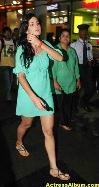Katrina Kaif Legs Show PhotoShoot 3