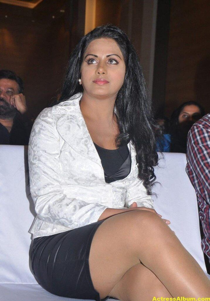 Rachana Maurya Hot Photos In White Dress 3