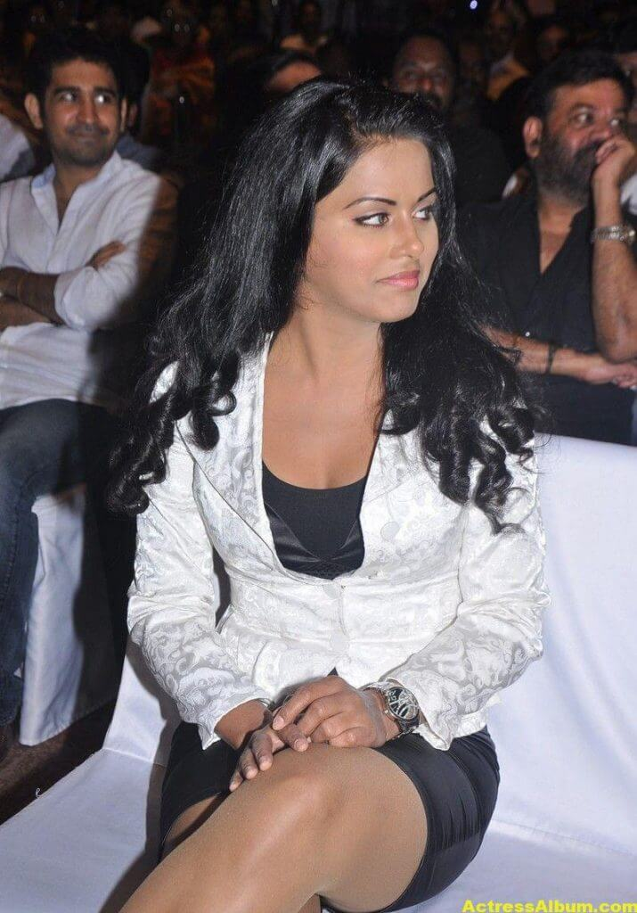 Rachana Maurya Hot Photos In White Dress 6